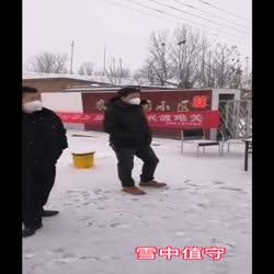 涿州教学试验场党员干部冲锋在前防控疫情